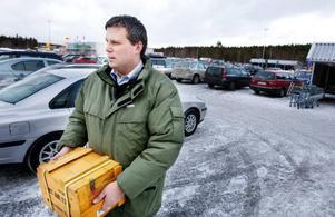 Henrik Berglund.– Jag tror inte det blir mer pengar till min semester 2009. Det är läge att hålla igen för att se var det här tar vägen eftersom det känns mer osäkert med tanke på lågkonjunkturen. Förra året blev det några mindre turer i Sverige.