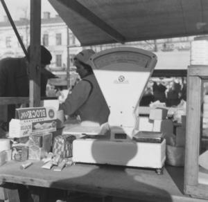 Handel på Stortorget på 40-talet.