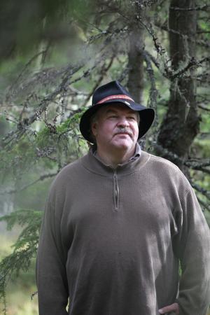 Bengt Sättlin har inventerat långskäggslaven i både Hudiksvall och Nordanstig.