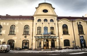 Bakom Konsertteaterns gamla fasader har ett nytt teaterhus vuxit fram.