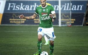 Marko Mihajlovic gör succé som mittback i Brage. Nu jagas han av bland annat Örebro. Foto: Dennis Pettersson/DT