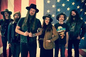 Nashvillebandet Banditos spelar på säsongspremiären av Rootsy Live.