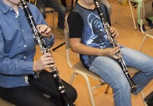 Tusentals barn i Sverige får musikundervisning genom El Sistema.