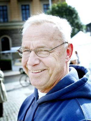 Börje Sjölund, 60 år, verkstadsarbetare, Gävle:– Ja. Jag kommer att rösta på ett litet parti.