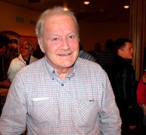 Naturfilmaren Bosse Kristiansson visade film och berättade om sina möten med björnar.