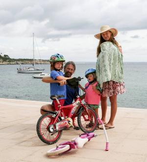 Tina och Janne Lovesan driver ett hälsoföretag tillsammans och lever numera på Mallorca.