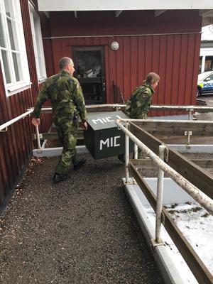 82-åriga kvinnan i Smedjebacken funnen och då kan militären packa ihop och åka hem.