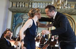 Samspelet mellan solister och dirigent värmde
