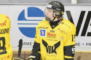 Gustav Lindberg gjorde A-lagsdebut mot Vita Hästen.