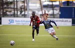 Modou Barrow ordnade poäng i vårmötet med Husqvarna när han kvitterade till 1–1.