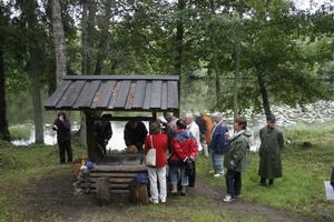 Holm är ett vackert ställe och trots att vädret inte var så bra kom det en del folk.
