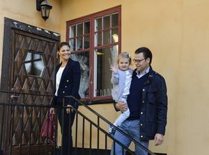 Kronprinsessan Victoria och prins Daniel får, precis som alla andra föräldrar, barnbidrag.