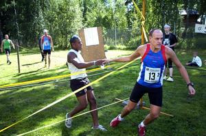 .... och förlorade inte initiativet under stafettens första sex kilometer. Här lämnade han över till andra sträckan och Fredrik Rådström.