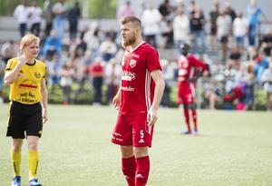 Rigest Hysko stannar i Sala FF.