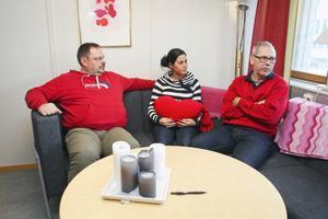 """Det är den dämpad stämning hos fältarbetsgruppen – Göran Bengtsson, Dina Sultan och Peter Wrangel – efter beskedet att gruppen lägger ner. """"De som drabbas är ungdomarna"""", säger Dina."""