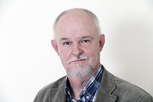 Inge Eriksson (SD) lämnar alla sina kommunala uppdrag på grund av privata skäl. Mer än så vill han inte kommentera avhoppet.