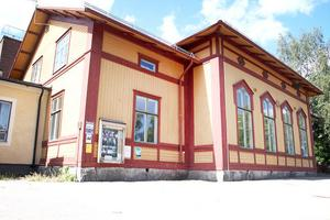 Föreningen Bergsjögården har ekonomiska problem och har bett kommunen om hjälp.
