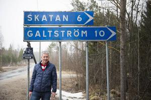Ulf Broman lockar artister till Galtström.