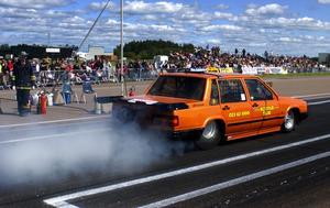 En lite udda Volvo 740. I Lars-Erik