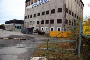 Området kring gamla Nensjöfabriken är förorenat på flera sätt.