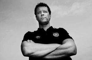 Stefan Andersson, lagledaren, är startklar för elitseriesäsongen 2010. Revanschlustan efter fjolårets fiasko är stor. Stefan hoppas samtidigt bli lite lugnare i sin ledarroll.