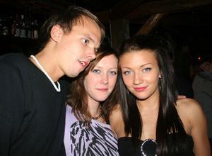 Konrad. Tobbe, Caroline och Angelica