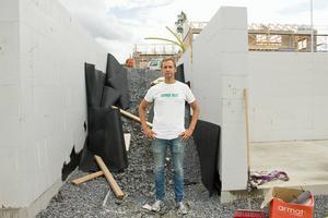 I maj beviljades Robert Brandt med familj bygglov för sitt hus på Stadsdel Norr. Bygglovsansökan sköttes till största delen av företaget som bygger huset och tur var nog det menar Robert.