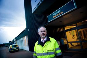 Dala Airports marknadschef Stefan Carlsson gläds över flygplatsens allt mer ökande popularitet bland resenärer och flygbolag.