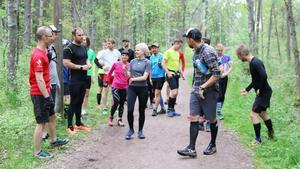 Man springer aldrig ensam utan kan delas in i olika grupper beroende på vilket  i tempo man vill springa.