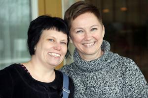 Anette Helgesson och Karin Berg var själva nöjda med den första helgen. Det var en trevlig stämning och alla hade med sig  feel-good-böcker som man bytte med varandra.