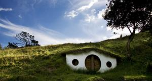 Hobbitarnas by i Nya Zeeland.