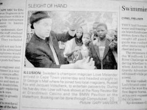 Klipp ur en av Sydafrikas tidningar.