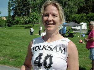 Glad vinnare damer 12 km – Hanna Johansson, Näsåker.