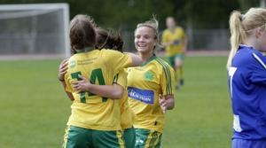 Målglädje. Ljusdals IF tog sina tre första poäng för säsongen hemma mot Myssjö/Oviken.