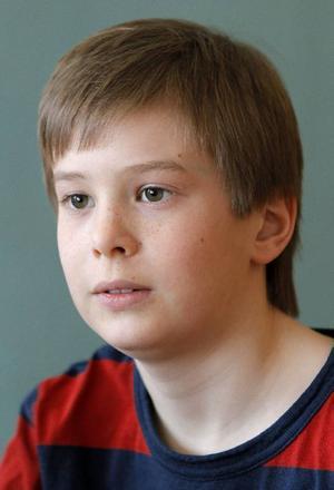 """Olle Frisk hoppas kunna börja i skolan igen på måndag. """"Det känns bra. Det blir också en bekräftelse på att man mår bra."""""""