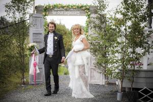 Efter bröllopet gick bröllopsresan till Cypern.