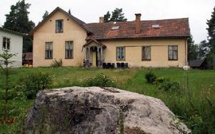 Den gamla skolan är nästa renoveringsobjekt. Den har stått tom sedan 1969.FOTO: HANS BLOOM