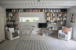 Alla rum i huset har målats, isolerats och fått nya golv.