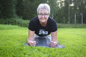 Marianne Eng, 61, håller i två tabata-pass om veckan i Stråtjära.