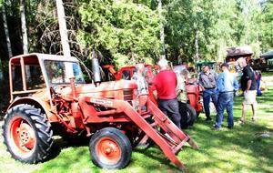Traktordagen - även kallad gubbdagen. Hamrånge hembygdsförening anordnade för andra året en utställning för de gamla trotjänarna.