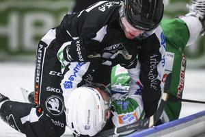 Erik Pettersson och Stefan Edberg gjorde upp i en liten intern fajt strax innan slutet.