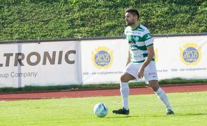 Ilir Berisha för VSK på Rosvalla IP. Mittbacken gjorde det matchavgörande 1–0-målet.