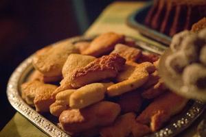 Traditionsenligt påskbröd i form av olika symboler serverades. Allt från påskharar till palmblad fanns med.