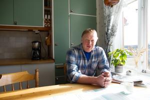 Mats Öberg i Gåsbo är mjölkbonde i tredje generationen. Han belönas nu med en medalj för att, med skicklighet och ansvarskänsla, ha levererat förstklassig mjölk under 23 år.