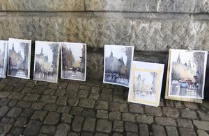 Varje dag är det genomgång av deltagarnas verk.   Foto: Privat