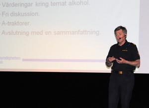 Trafikpolisen PO Nordqvist uppmanade föräldrarna att ha ett extra öga på sina barns fordon, så att de inte är trimmade eller på något annat sätt manipulerade.