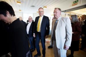 Per Wahlberg och Hans Hedlund på väg mot region trots allt?