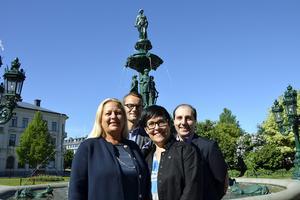 Ewa Sandeheim, Petter Ekman, Lotta Uvhage och Omar Barsom i juryn har lyckat välja ut tre finalister till Årets företagare i Sundsvall.