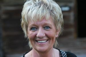 Lisa Lampert producerar och leder torsdagaskvällarnas allångsträffar för fjärde sommaren i rad.