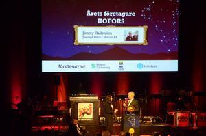 Jimmy Hallström på Jimmys Däck prisades som årets företagare i Hofors.